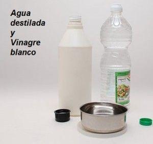Agua destilada y vinagre blanco