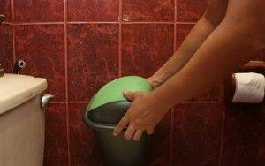 Basura del baño