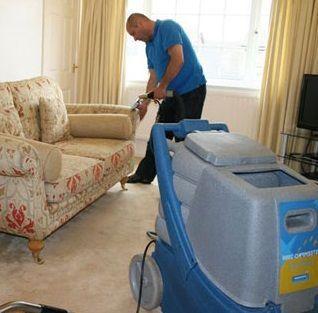 C mo limpiar las tapicer as - Productos para limpiar tapizados ...