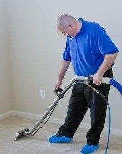 Limpiar moqueta con aspiradora