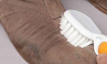 C mo limpiar los zapatos - Como limpiar piso negro ...